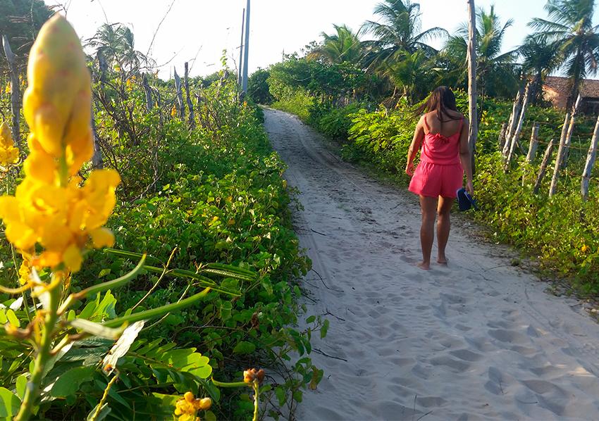 Atins: Ruas de areia e sem iluminação