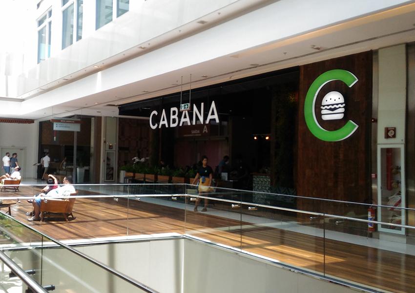 Cabana Burger: Entrada da lanchonete no Barra Shopping