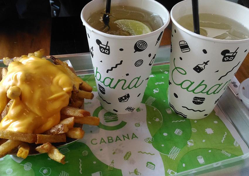 Cabana Burger: Cheese Fries e o Cabana Ice Tea