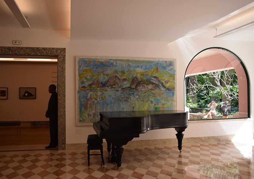 Dentro da Casa Roberto Marinho
