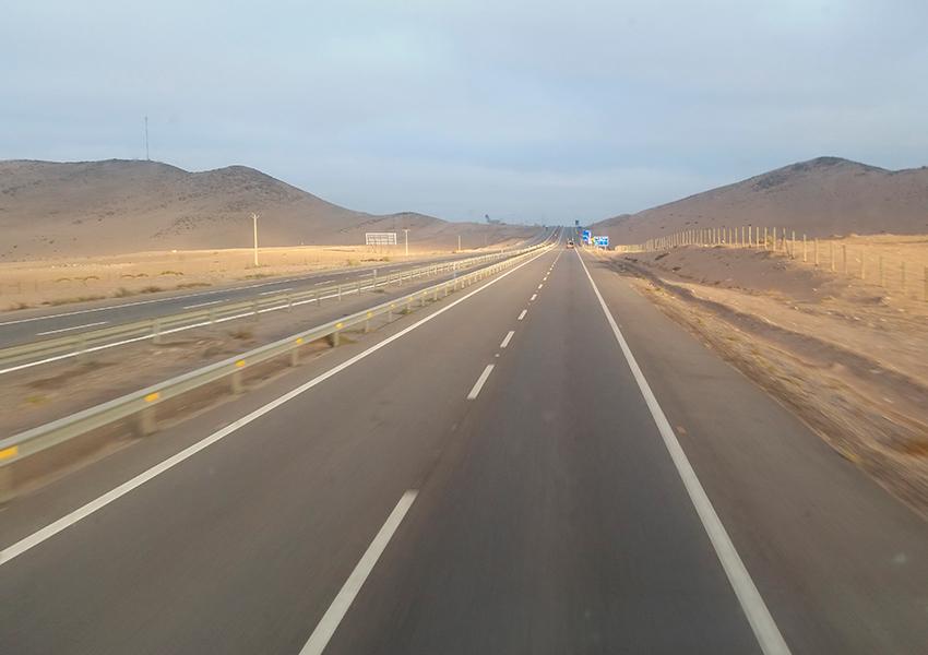 De Santiago a San Pedro de Atacama a paisagem muda pouco
